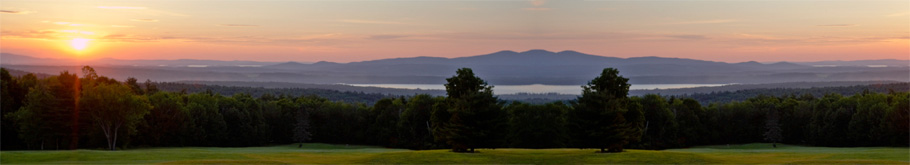 Sunrise over the golf course at Steele Hill
